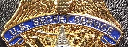 Bild Nr. 2 Secret Service Badge auf Leder-Patch